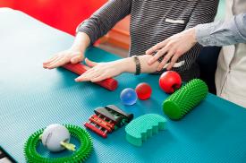 Ergoterapiniai pratimai padeda gerinti judėjimą, atsistatymą po traumų