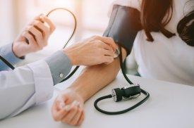 Kardiologai atlieka diagnostinius tyrimus